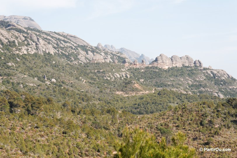 Montserrat Espagne En Camping Car